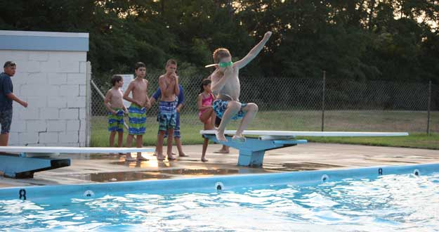 Dive Into Fun, Strasburg Pool